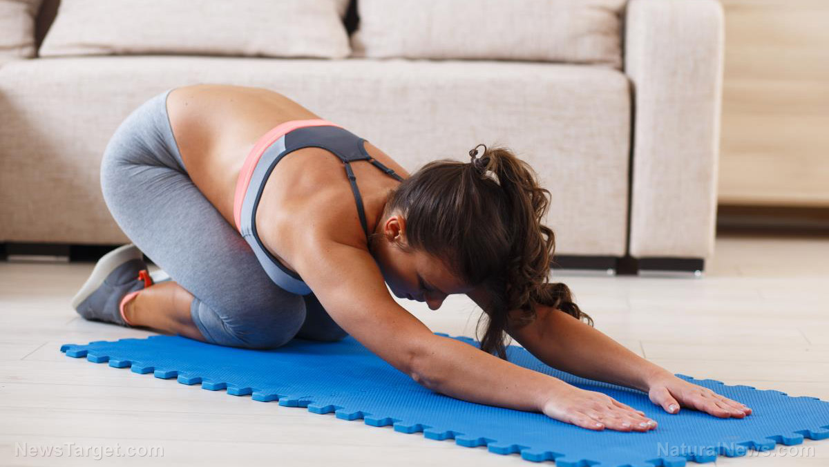Treating chronic lower back pain with yoga and physical therapy