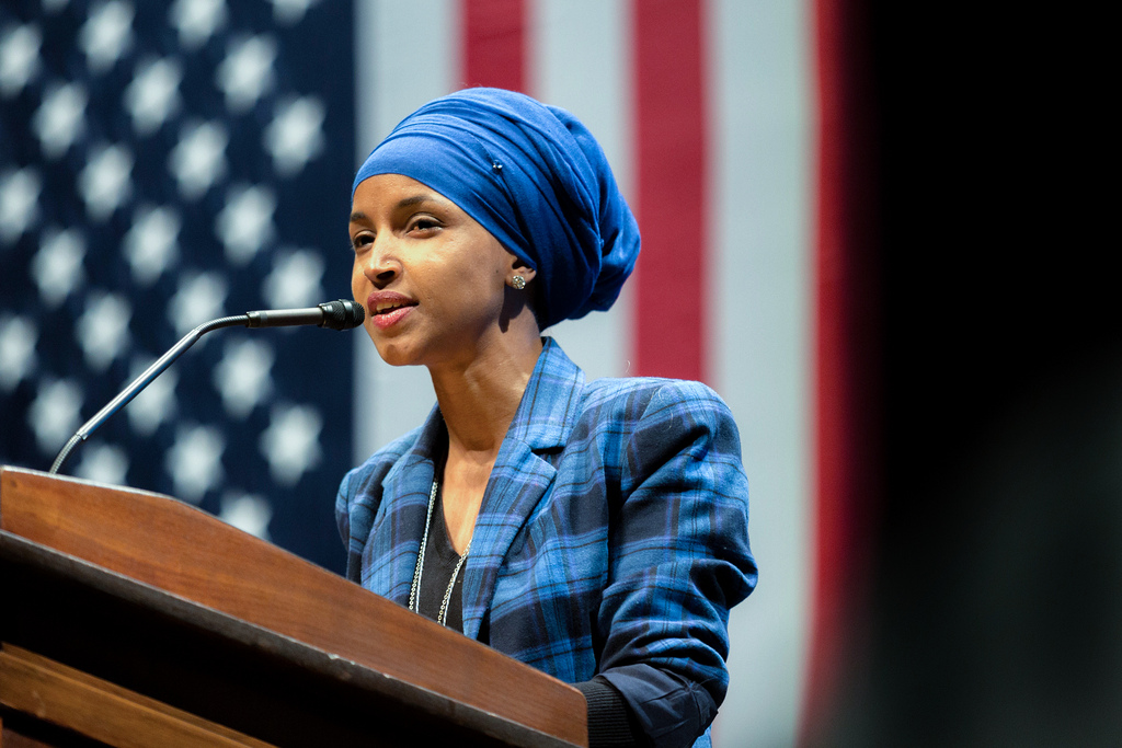 America hater Ilhan Omar retweets vile message from Left-wing nut job Tom Arnold justifying crippling attack on Sen. Rand Paul